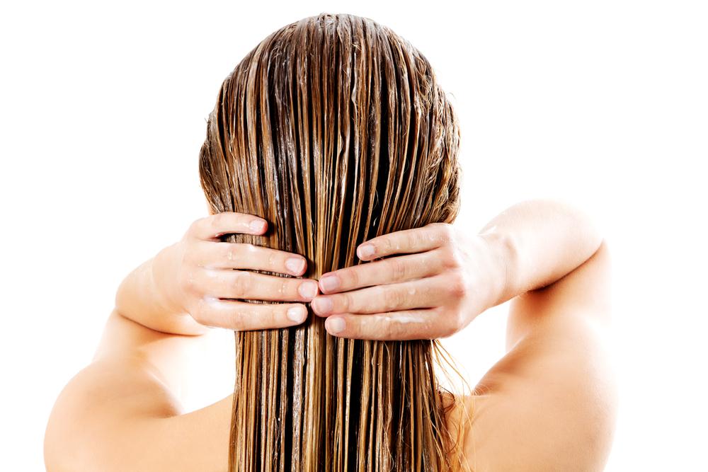Почему ломаются волосы?