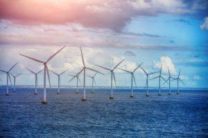 В Великобритании треть электроэнергии будут производить ветряки, расположенные в море