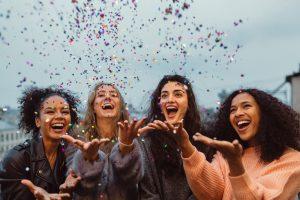От Америки до Китая: как отмечают Международный женский день в разных странах мира