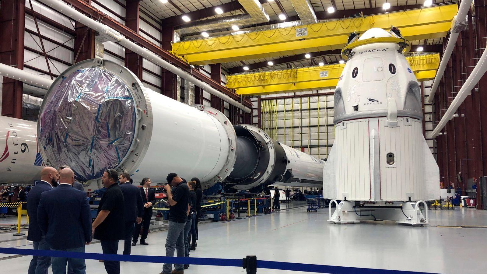 SpaceX впервые запустила пилотируемый корабль Dragon 2 (видео).Вокруг Света. Украина