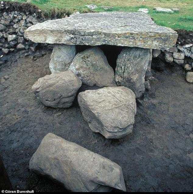 Древние мегалиты были братскими могилами для 10 поколений одного рода