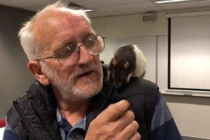 В Австралии полиция вернула бездомному потерянную крысу
