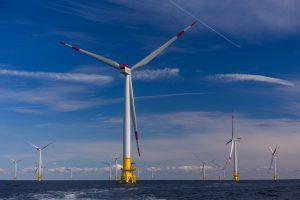 Германия открывает крупнейшую ветряную электростанцию в Балтийском море