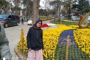 В Стамбуле проходит ежегодный фестиваль тюльпанов
