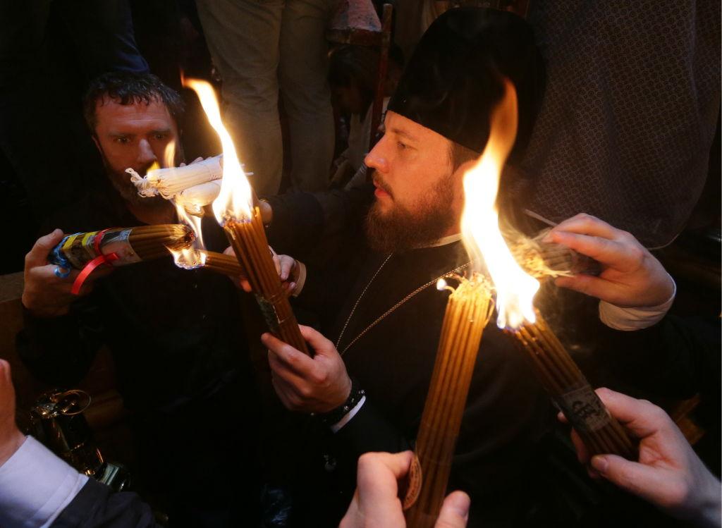 Пасха 2019: священник рассказал, как сходит Благодатный огонь в Иерусалиме