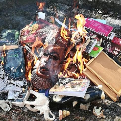 В Польше священники публично сожгли книги о Гарри Поттере