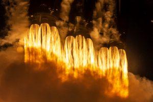 Взрыв Crew Dragon: как это повлияет на пилотируемый запуск