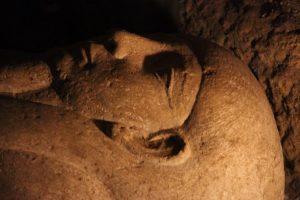 Египетские археологи открыли саркофаг верховного жреца в прямом эфире
