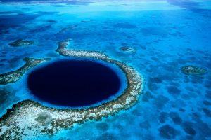 В Марианской впадине обнаружены бактерии, питающиеся нефтью