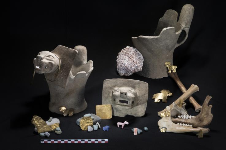 На дне озера Титикака нашли ритуальные подарки богам
