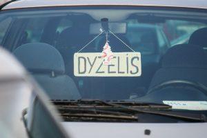 Водители в Литве получат 1000 евро за отказ от старого автомобиля