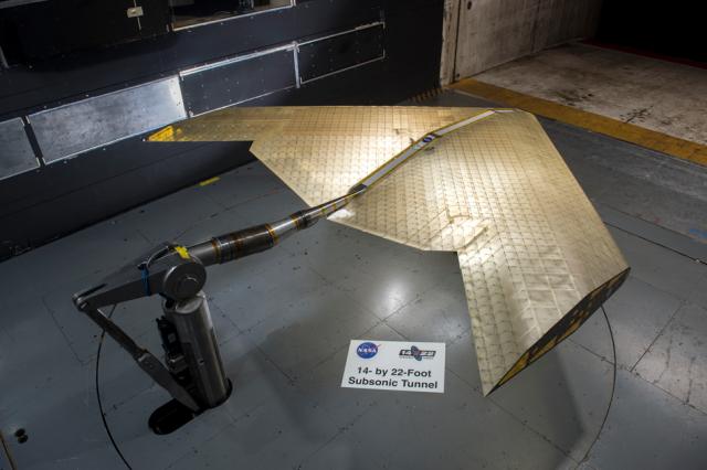 NASA показало революционное крыло самолета будущего