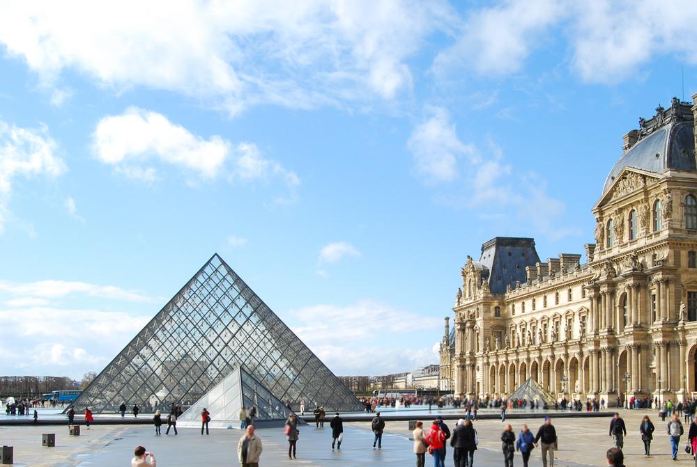 Выставка работ Леонардо да Винчи в Лувре: когда и как попасть