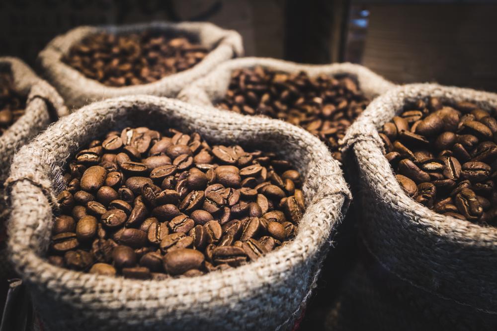 Швейцария откажется от стратегических запасов кофе
