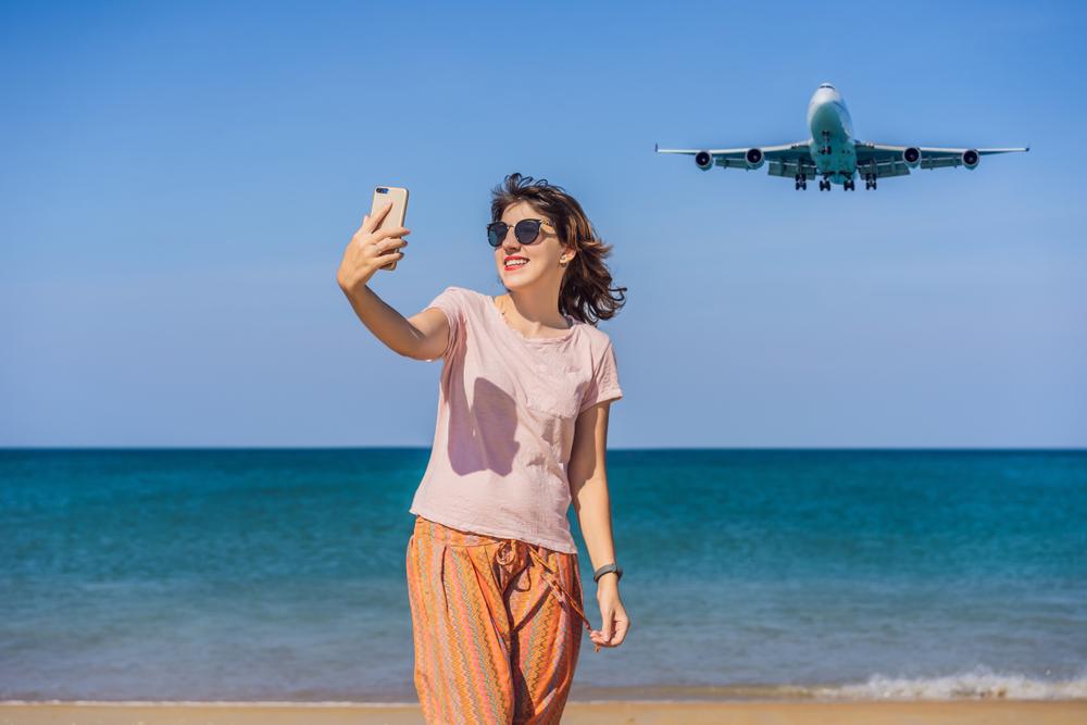 В Таиланде туристам пригрозили смертной казнью за фото с самолетом над головой