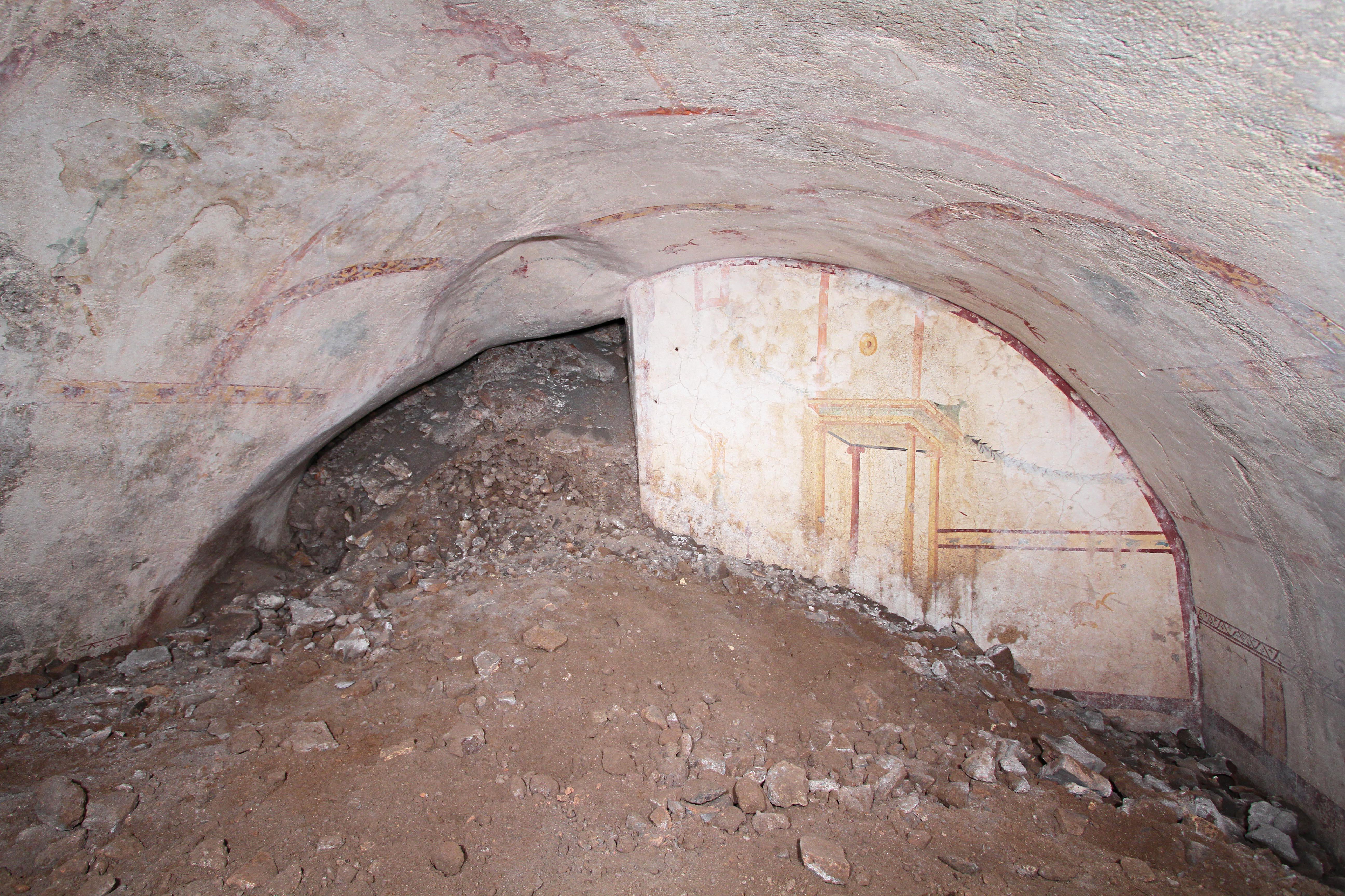 В подземном дворце Нерона возле Колизея обнаружили скрытую комнату