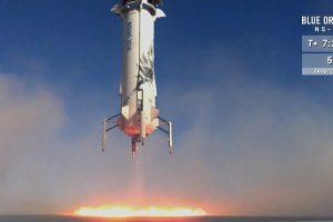 Космическая капсула Blue Origin вернулась на землю после 11-го испытания