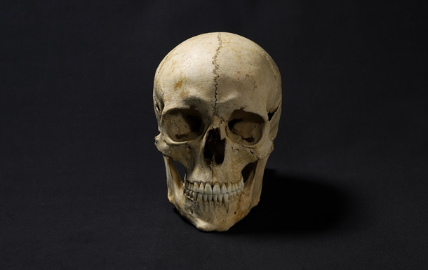 Лицо человека, жившего 1300 лет назад.Вокруг Света. Украина