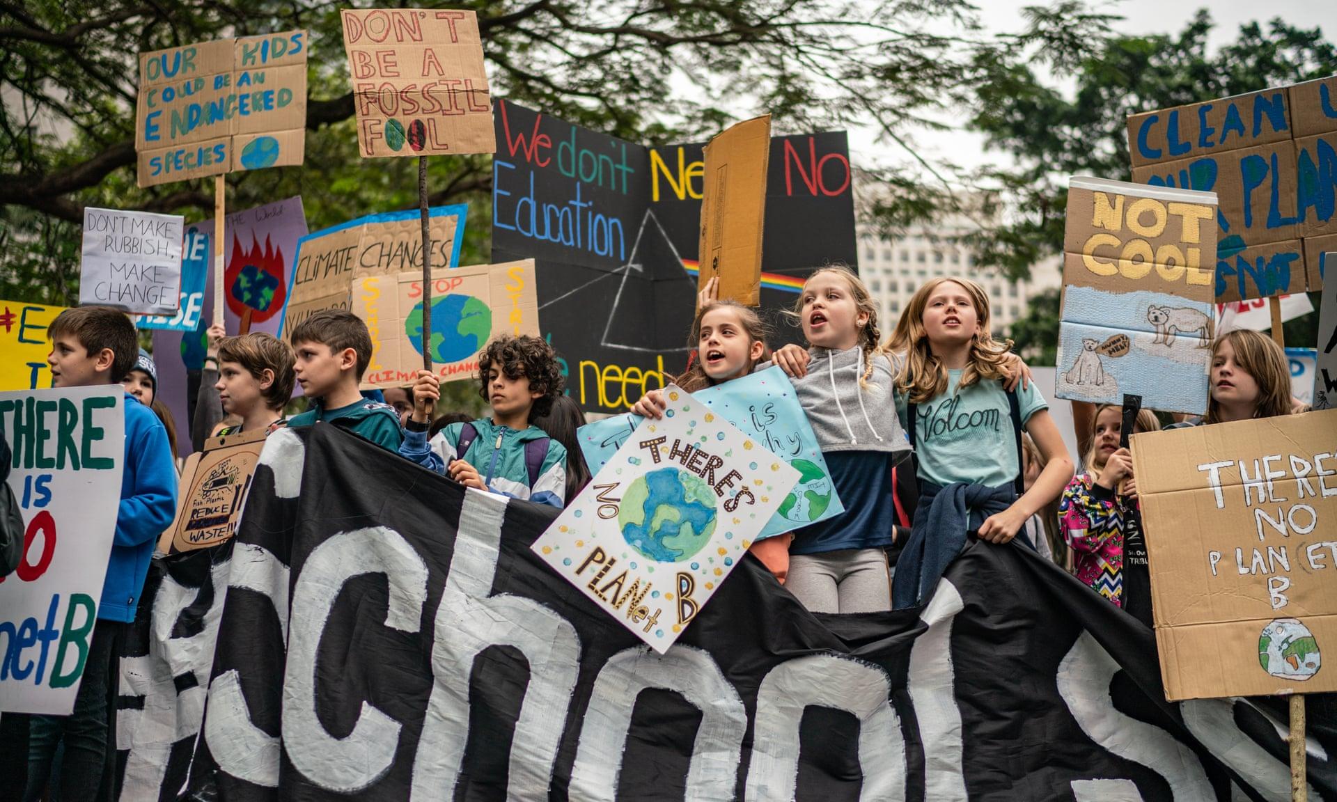 забастовки против изменений климата