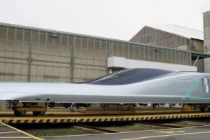Япония представила самый быстрый пассажирский экспресс: детали
