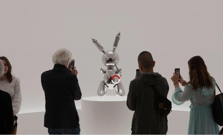 Стального «Кролика» продали за рекордные 90 миллионов
