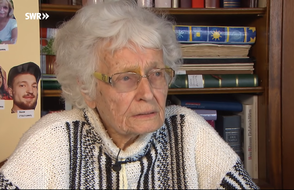 100-летняя немка начала политическую карьеру
