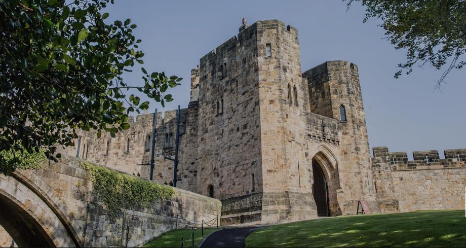 дворец замок Alnwick Castle