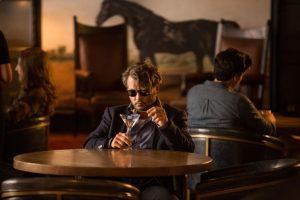 На экраны в Украине выходит новый фильм с Джонни Деппом