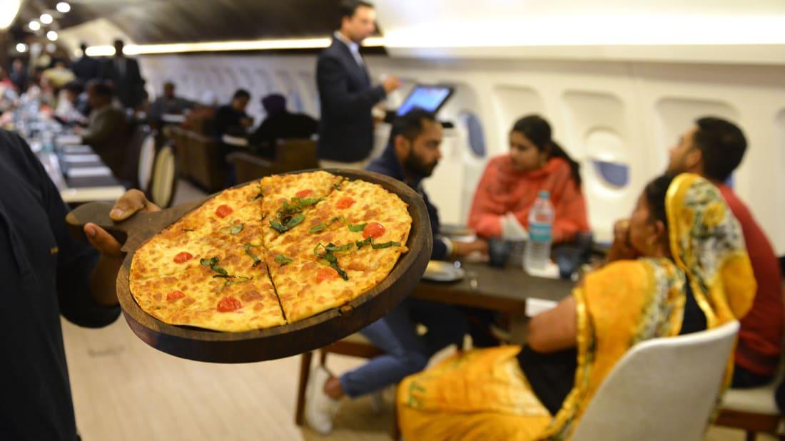 ресторан-самолет