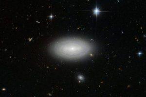 В созвездии Рыб нашли самую одинокую галактику