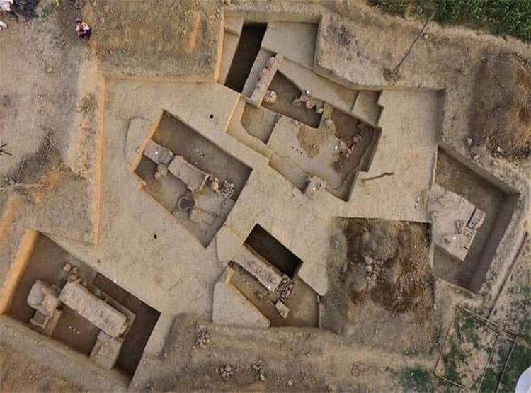 Индийские археологи открыли саркофаги Хараппской цивилизации