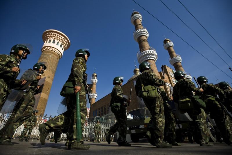 Китай сносит мечети уйгуров