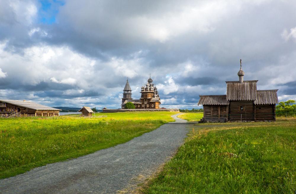 Россия открывает первый туристический маршрут в Арктику