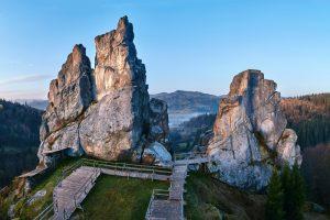 Тустань: карпатская крепость-призрак, которую вы не видели, а стоит!