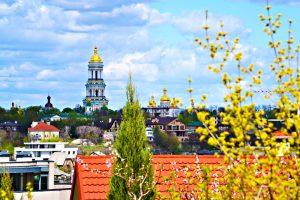 Апрель в Киеве оказался на 2 градуса теплее нормы