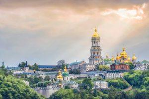 В Киеве уже началось лето