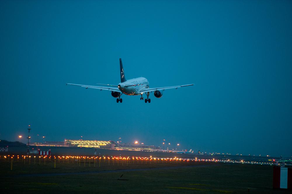 Аэропорт Будапешта запретил полеты в ночное время