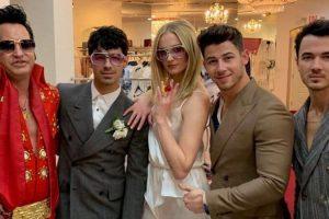 Звезда «Игры престолов» вышла замуж в наряде от украинского дизайнера