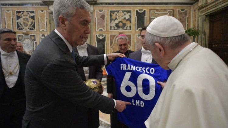 В Ватикане создали женскую футбольную команду