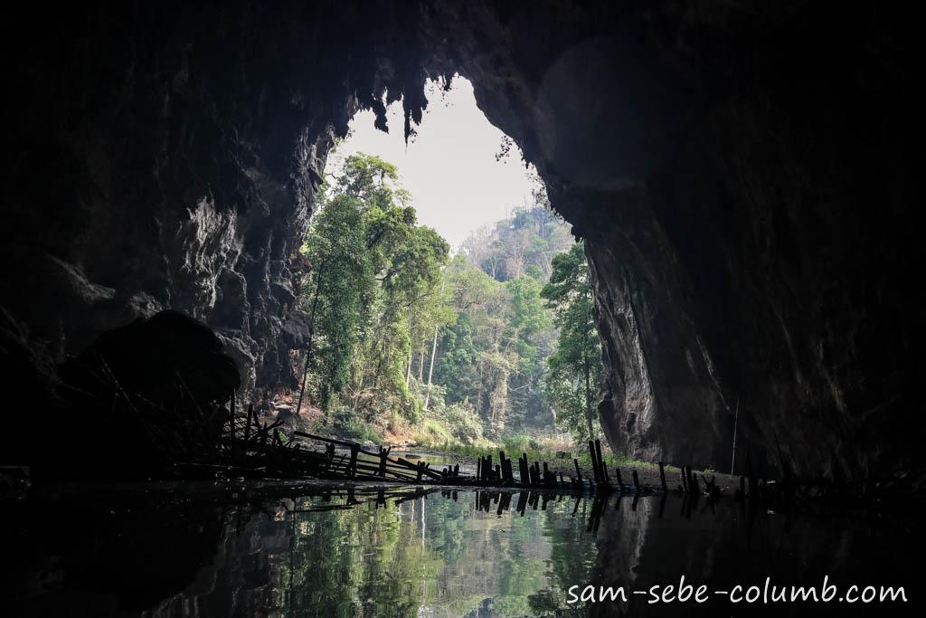 пещеры в Пае