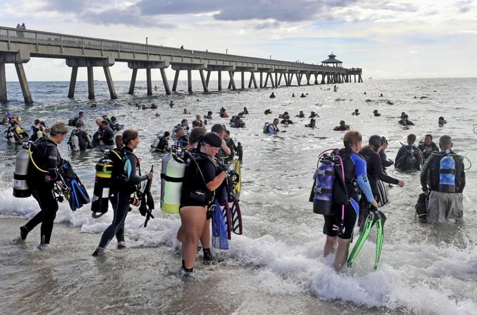 633 дайвера установили во Флориде мировой рекорд по очистке морского дна