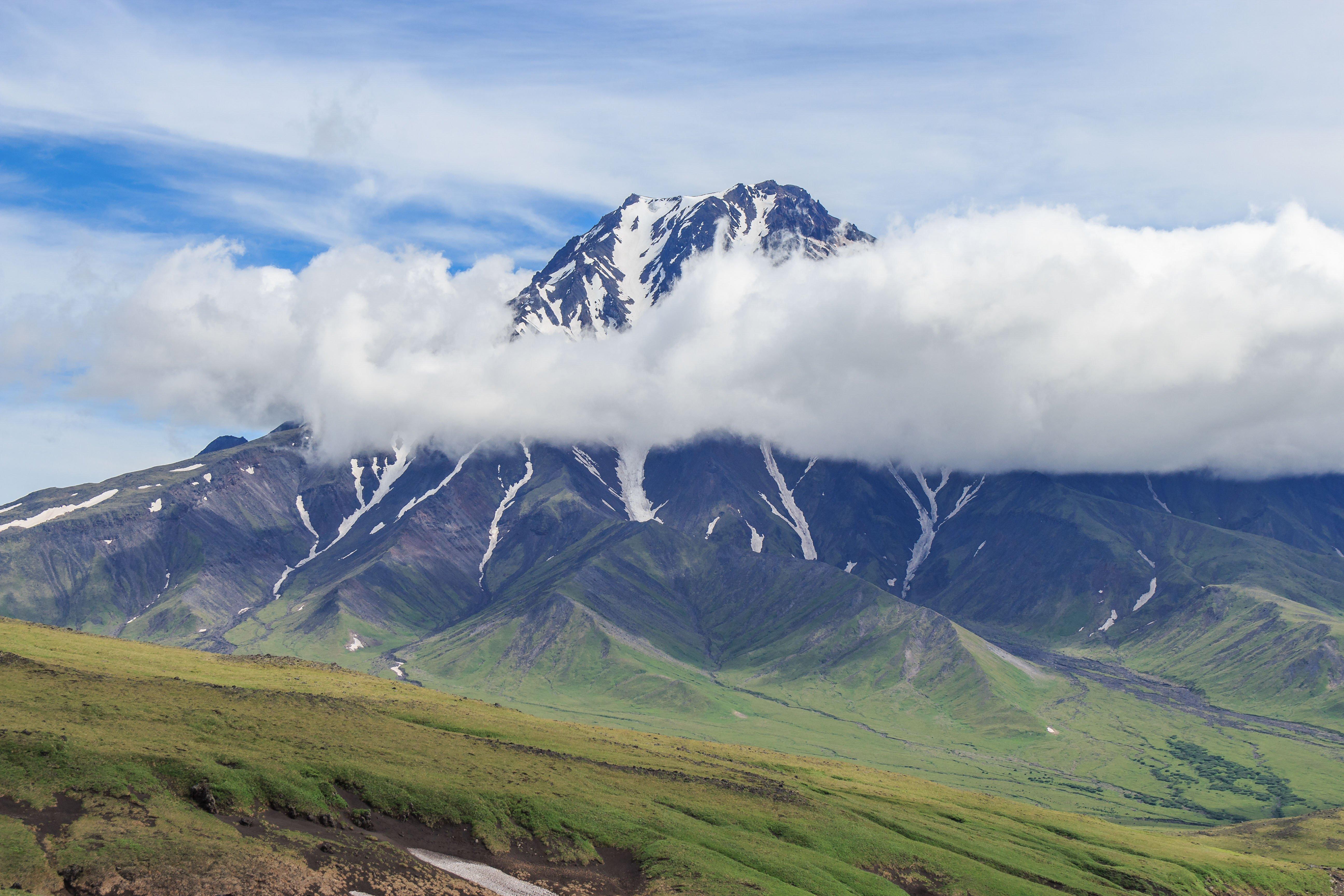 В России просыпается вулкан, который считали угасшим