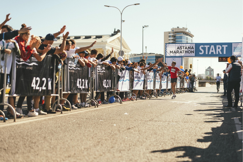 «Эйр Астана» предложила особые тарифы для участников марафона в Нур-Султане