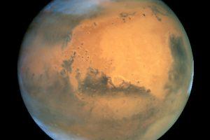 Ледяные облака Марса сформировались из метеоритного «дыма»