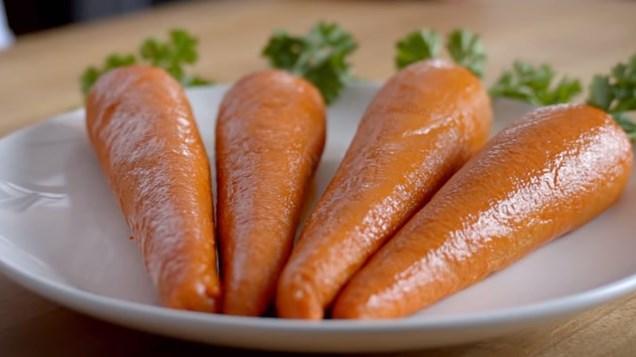 Американская сеть фастфуда сделала морковь из мяса