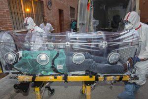 В Конго число жертв лихорадки Эбола превысило тысячу человек