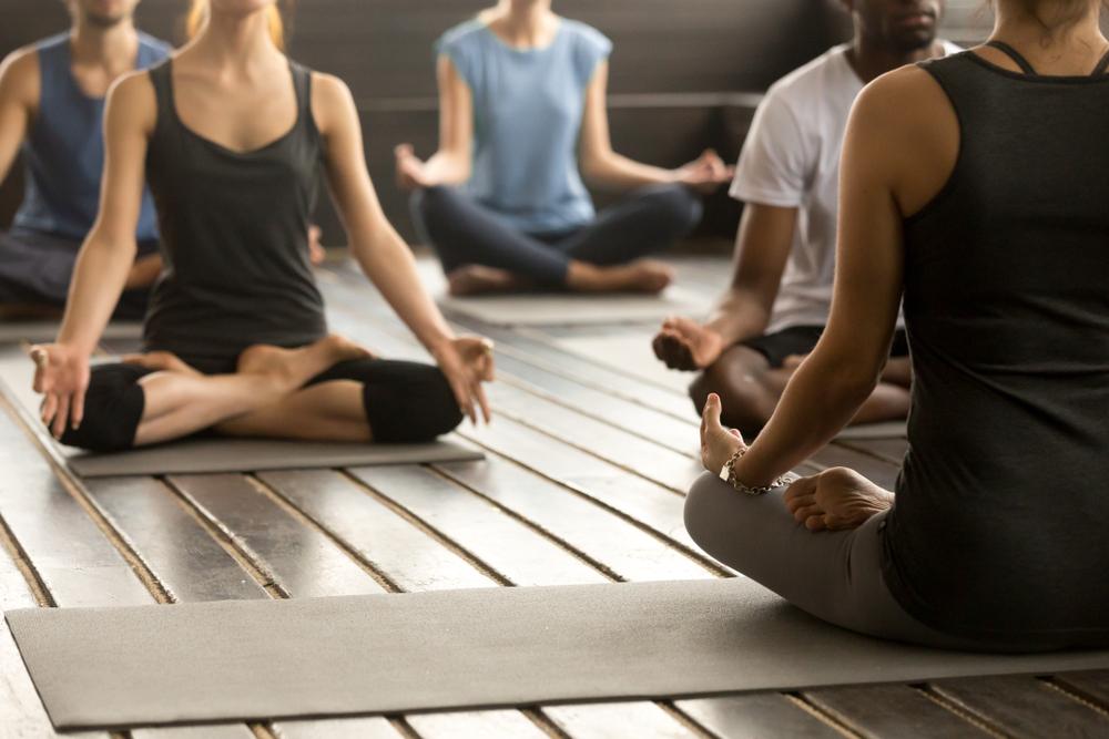 День йоги: советы для начинающих