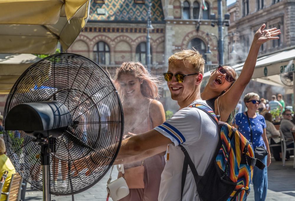 Жара в Европе: что порекомендовали туристам