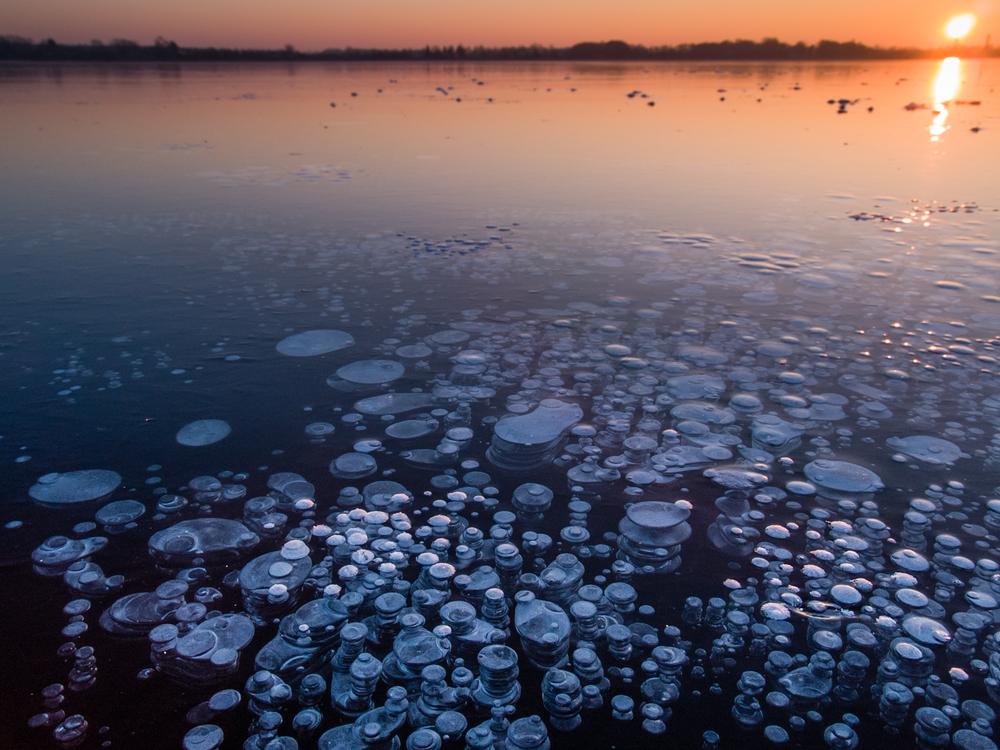 Под поверхностью океана скрыты огромные объемы метана