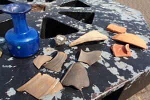 Каякер нашел редкое римское стекло и керамику у юго-восточного побережья Англии